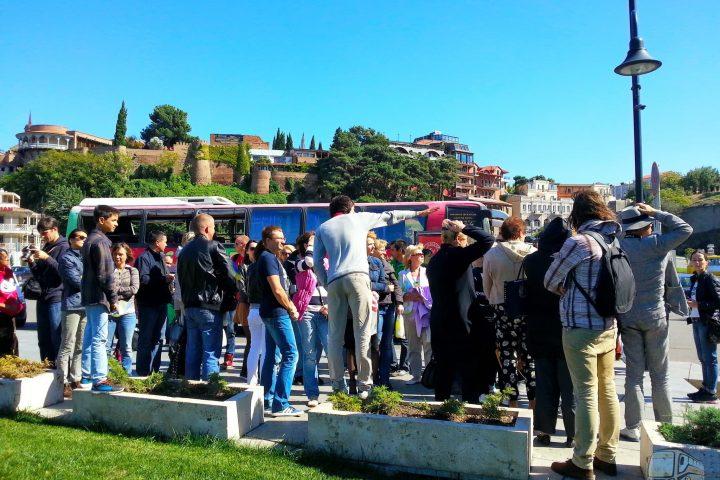 Фотография На Площади Европы - Обзорная Автобусная Экскурсия Тбилиси - Мцхета - Джвари с туристической компанией Hop On Hop Off Tbilisi
