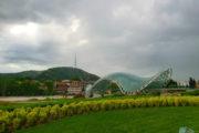 Фотография Мост Мира, Парк Европы, Мтацминда - Обзорная Автобусная Экскурсия Тбилиси - Мцхета - Джвари с туристической компанией Hop On Hop Off Tbilisi