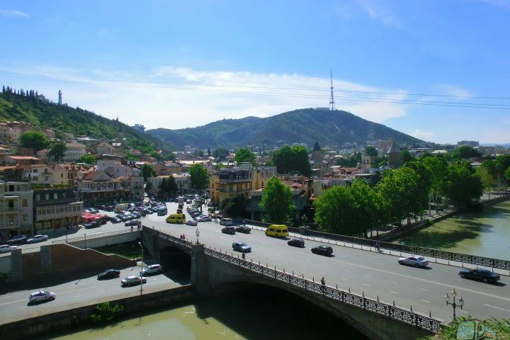 Фотография Старый Город, пл. Мейдан, Метехский мост, Кура, Мтацминда - Обзорная Автобусная Экскурсия Тбилиси - Мцхета - Джвари с туристической компанией Hop On Hop Off Tbilisi