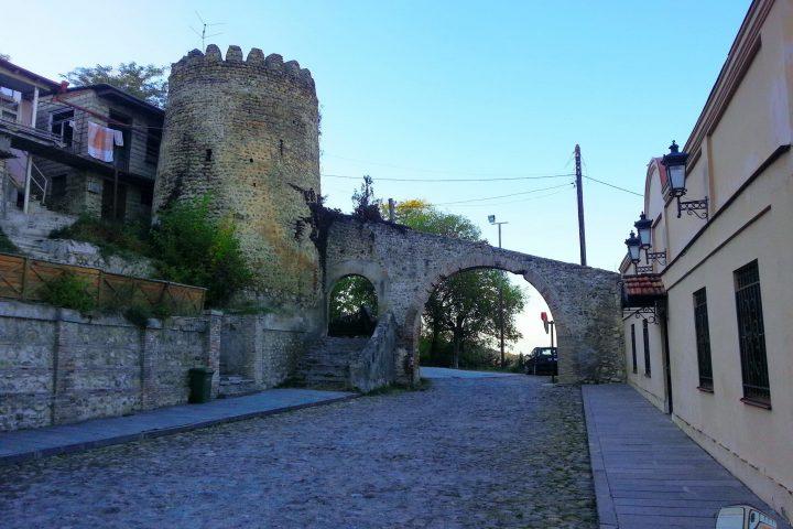 Фотография Уголок в Сигнахи сделана во время Тура из Тбилиси в Кахетию Бодбе Сигнахи Цинандали Телави с компанией Hop on Hop off Tbilisi