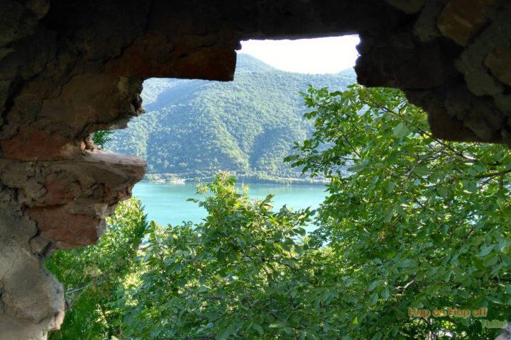 Фотография Жинвальское Водохранилище из Крепости Ананури - Тур из Тбилиси в Казбеги